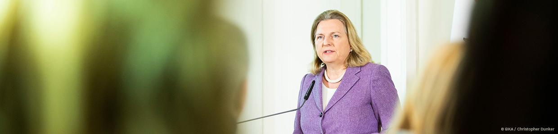 Kneissl-Politik