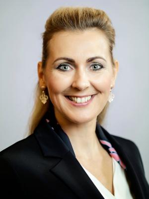 Christine Aschbacher, Bundesministerin im Bundeskanzleramt