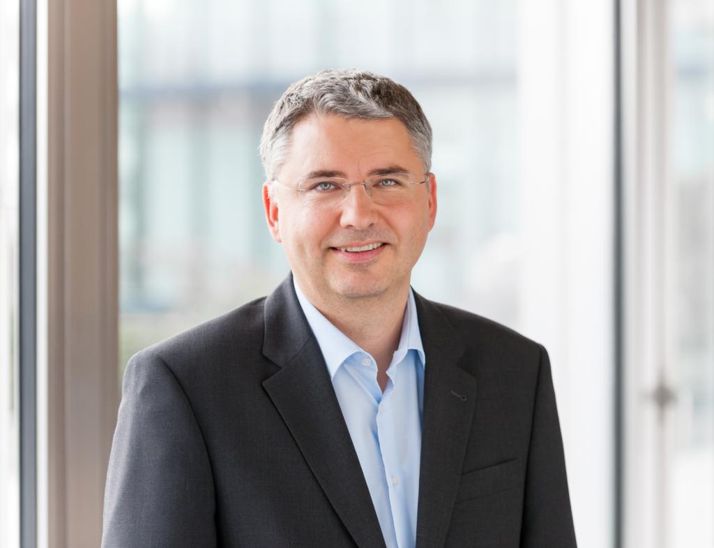 Der Auslandsösterreicher des Jahres 2018 Dr. Severin Schwan arbeitet als CEO von Basel Roche mit Hochdruck an einem Antikörper-Test für Coronavirus