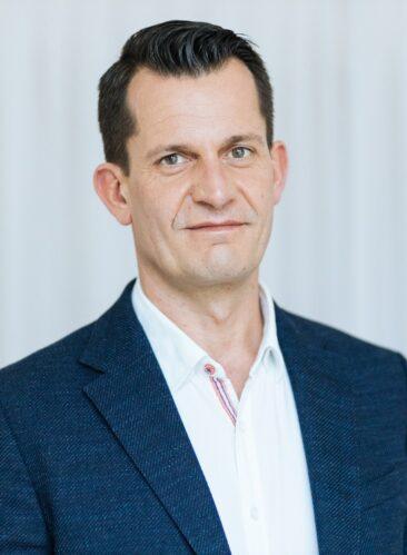 Portraitfoto HBM Mückstein